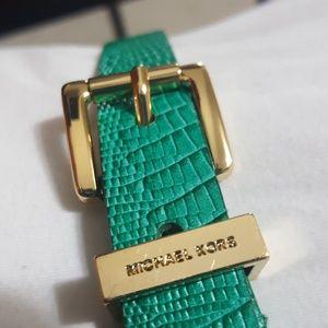 🎀MICHAEL/MICHAEL KORS🎀 womens belt size  S